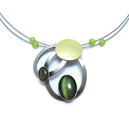 Green Catsite Two-tone Brushed Circle Wire Necklace