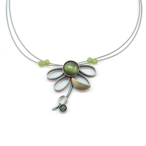Brushed Two-tone and Green Catsite Flower Necklace